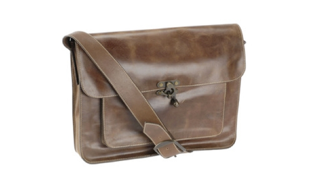 Gatsby and Tibbs_satchel_620